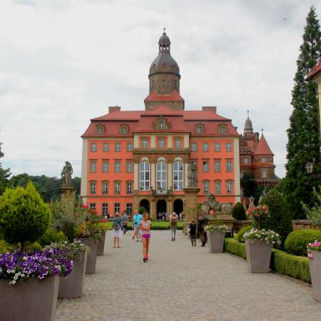 road1 from wroclaw - ksanz castel 450x450