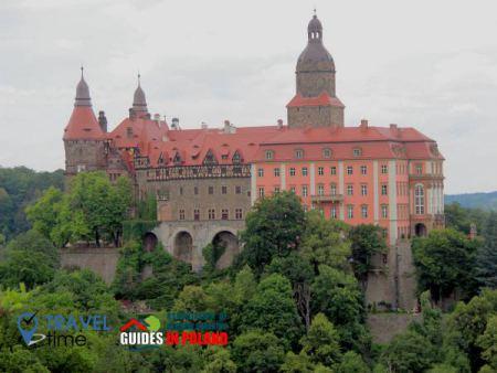road1 from wroclaw1 - ksanz castel 450x338