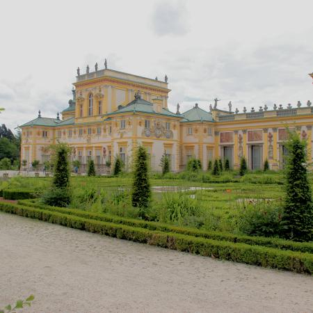 warsaw parks and palaces road2 450x450